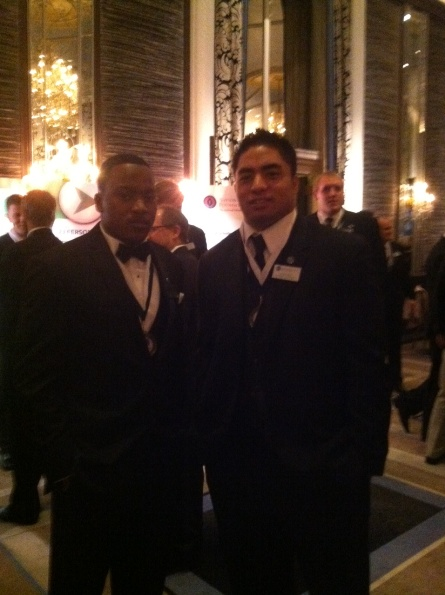 Shane Zackery poses for a quick photo with senior linebacker Manti Te'o  of Notre Dame