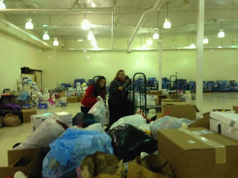 9th SXU Softball Team Helps Collect for Washington Tornado Relief Photo