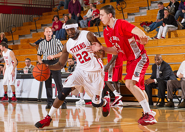 SXU Men's Basketball vs. IUSB 1-11-14 - Photo 4