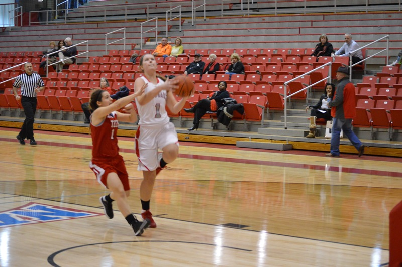 SXU Women's Basketball vs Illinois Tech (Ill.) 1/15/14 - Photo 1