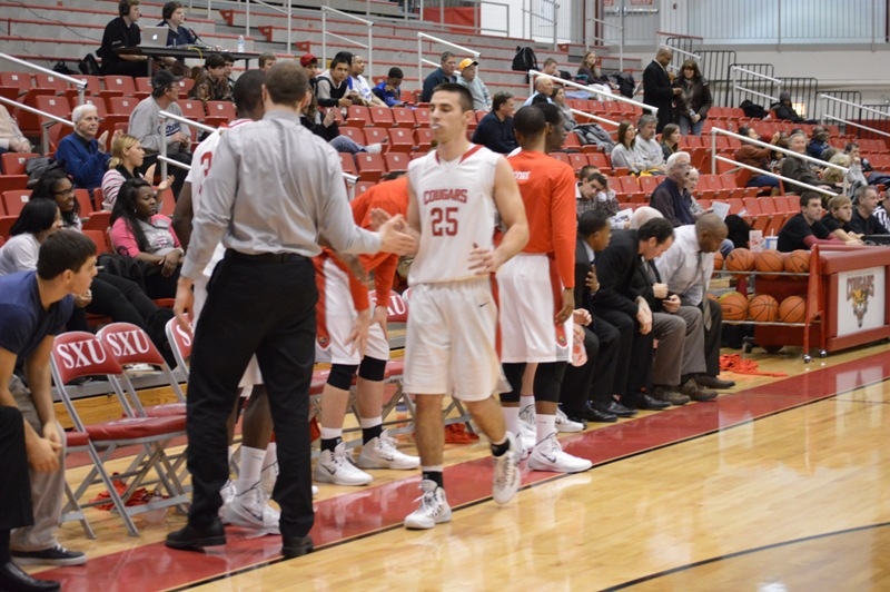 19th SXU Men's Basketball vs Purdue-North Central (Ind.) 1/15/14 Photo