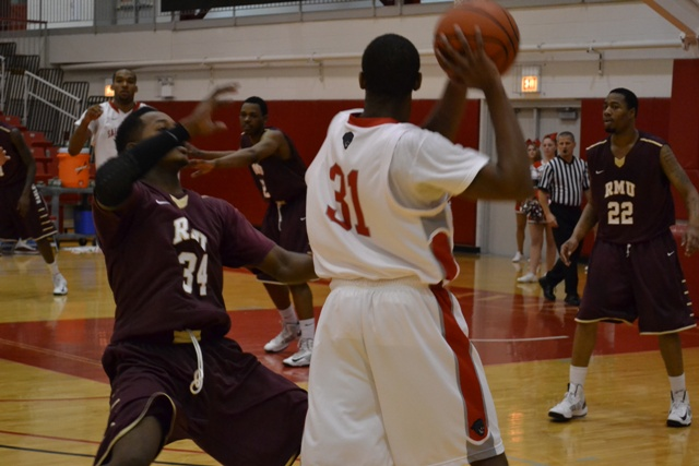 1st Saint Xavier vs. Robert Morris University (Ill.) Photo