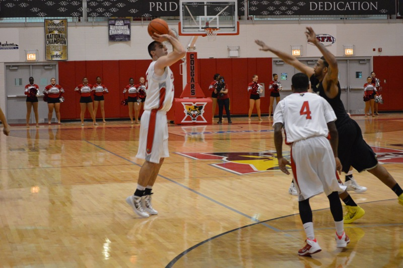 SXU Men's Basketball vs Purdue-Calumet (Ind.) 2/5/14 - Photo 12