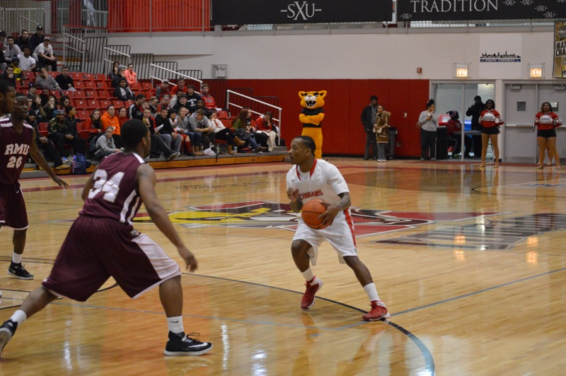 1st SXU Men's Basketball vs Robert Morris (Ill.) 2/12/14 Photo