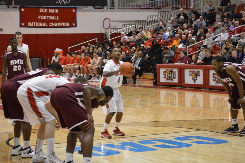 12th SXU Men's Basketball vs Robert Morris (Ill.) 2/12/14 Photo