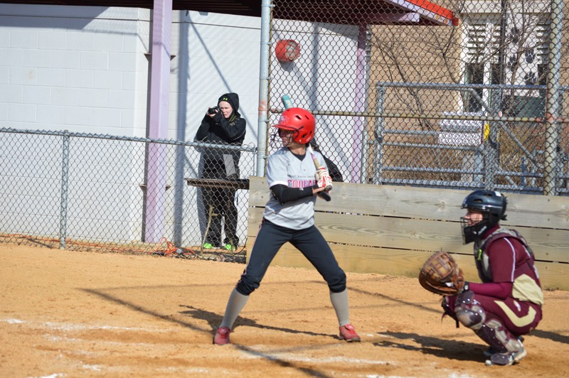SXU Softball vs Robert Morris (Ill.) 4/1/14 - Photo 7