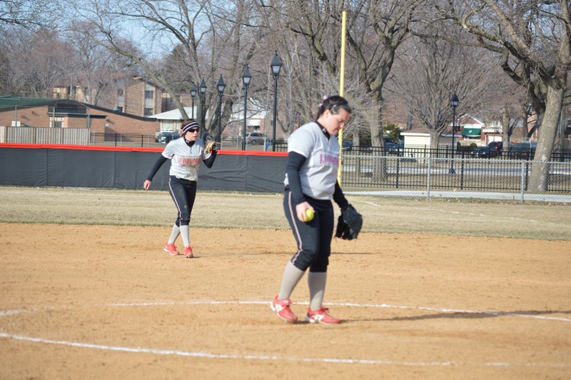 SXU Softball vs Robert Morris (Ill.) 4/1/14 - Photo 20