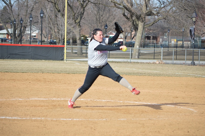 SXU Softball vs Robert Morris (Ill.) 4/1/14 - Photo 21