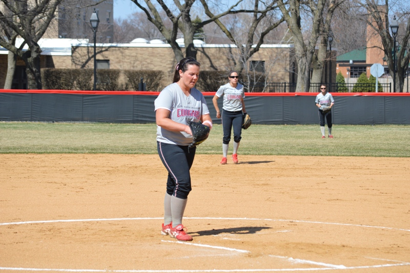 SXU Softball vs Trinity International 4/11/14 - Photo 4