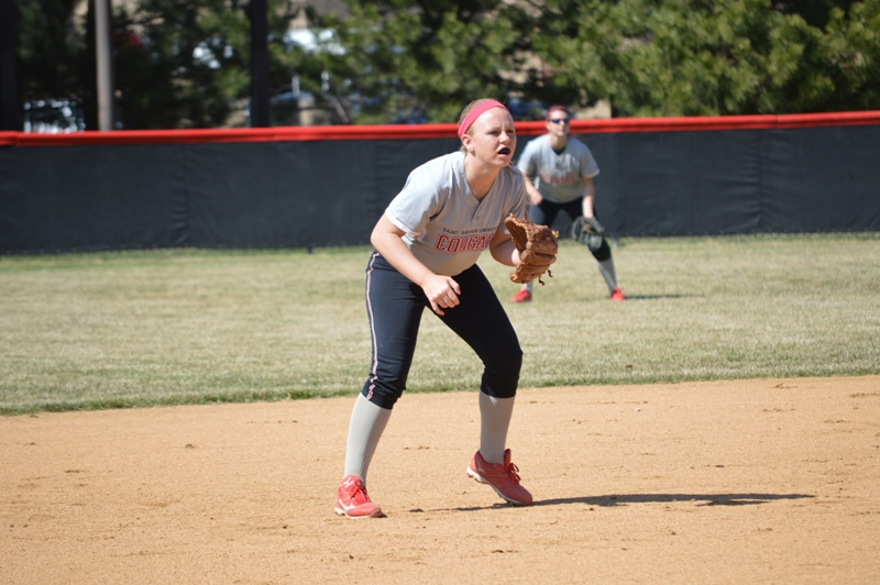 SXU Softball vs Trinity International 4/11/14 - Photo 8