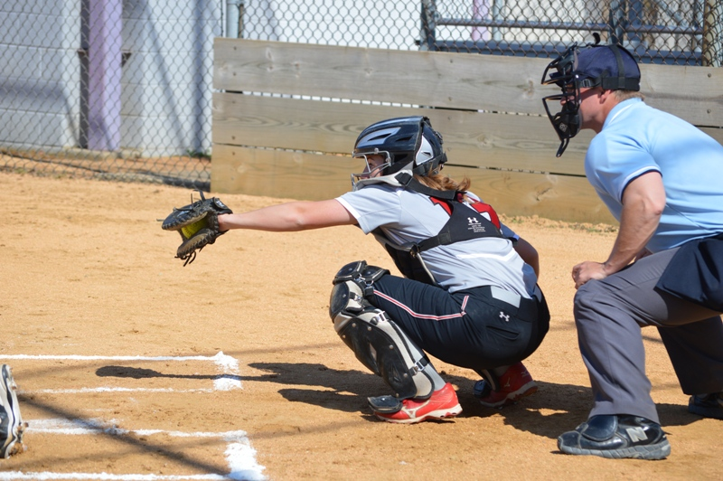 SXU Softball vs Trinity International 4/11/14 - Photo 16