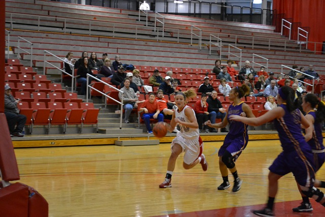 9th Saint Xavier vs. Ashford University (Iowa) Photo