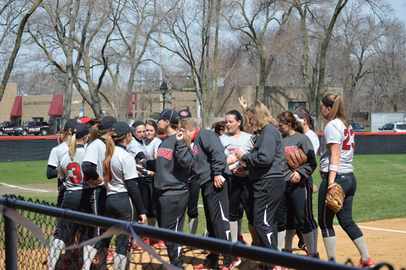 1st SXU Softball 'Senior Day' vs Grand View (Iowa) 4/19/14 Photo