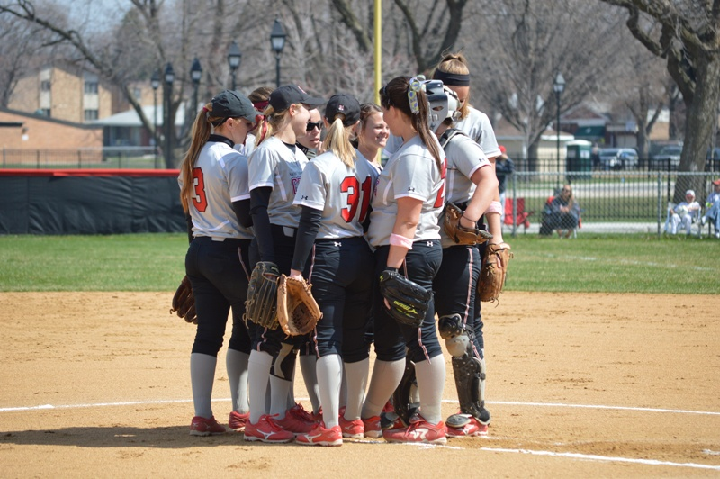 2nd SXU Softball 'Senior Day' vs Grand View (Iowa) 4/19/14 Photo