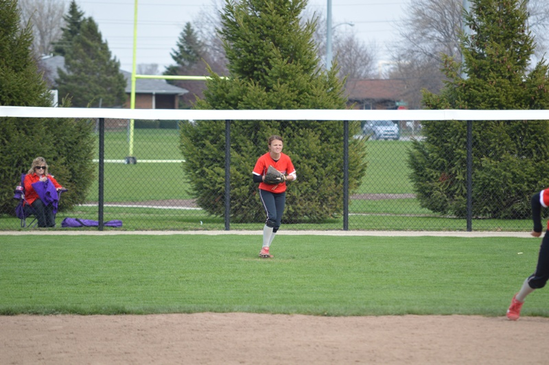 SXU Softball vs Olivet Nazarene (Ill.) 4/24/14 - Photo 14