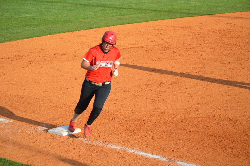 Day Two of SXU Softball's Trip to Columbia, Ky. - Photo 36