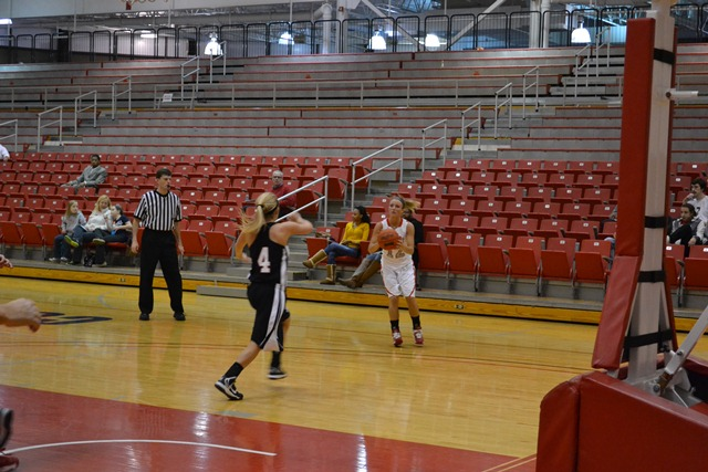 Saint Xavier vs. Indiana University-South Bend  - Photo 18