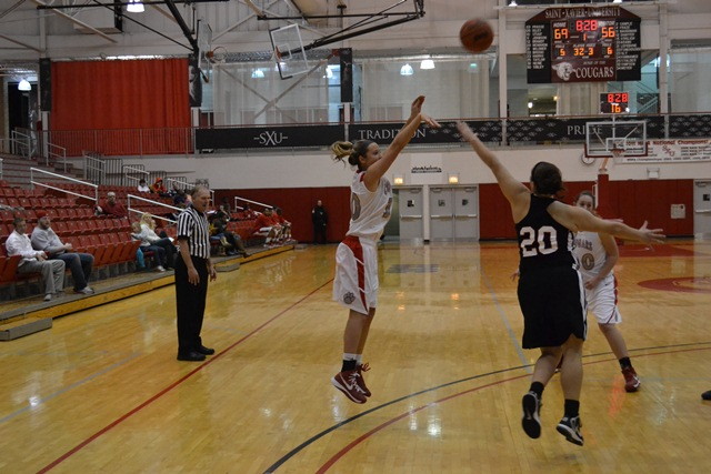 Saint Xavier vs. Indiana University-South Bend  - Photo 32