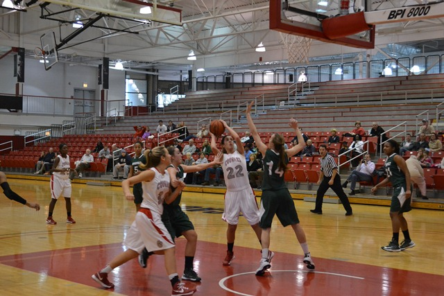 Saint Xavier vs. Roosevelt University (Ill.) - Photo 10