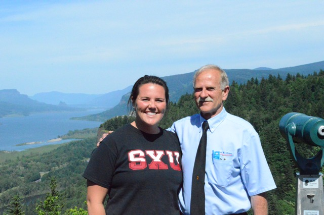 Junior Megan Nonnemacher and Bus Driver George at Chaticleer Point