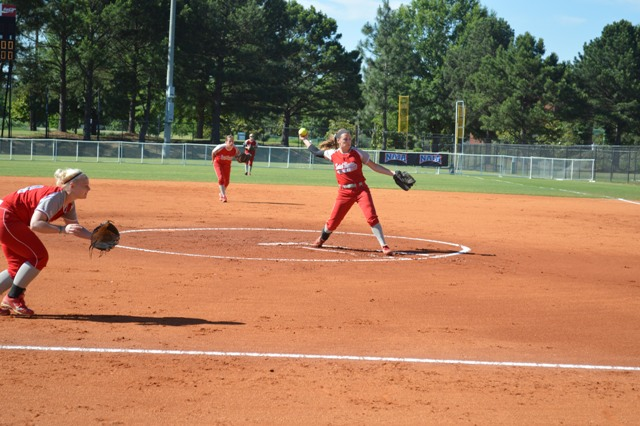 Freshman Nicole Nonnemacher delivers a pitch early in the game.