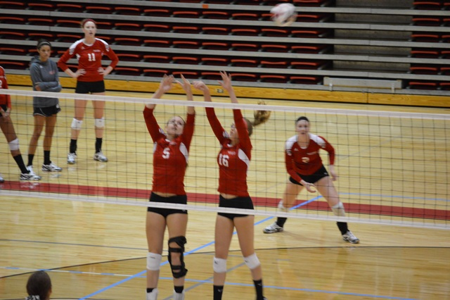 12th SXU Women's Volleyball vs Huntington (Ind.) 8/30/13 Photo