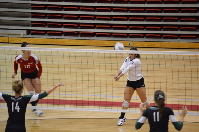 14th SXU Women's Volleyball vs Huntington (Ind.) 8/30/13 Photo