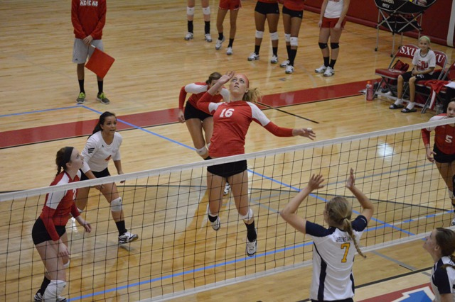 SXU Women's Volleyball vs Spring Arbor (Mich.) and Judson (Ill.) 8/31/13 - Photo 5