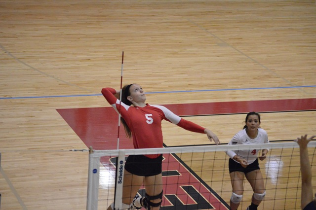 SXU Women's Volleyball vs Spring Arbor (Mich.) and Judson (Ill.) 8/31/13 - Photo 7