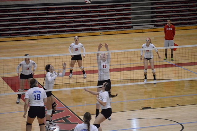 SXU Women's Volleyball vs Spring Arbor (Mich.) and Judson (Ill.) 8/31/13 - Photo 26