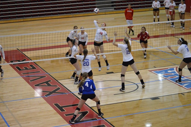 SXU Women's Volleyball vs Spring Arbor (Mich.) and Judson (Ill.) 8/31/13 - Photo 40