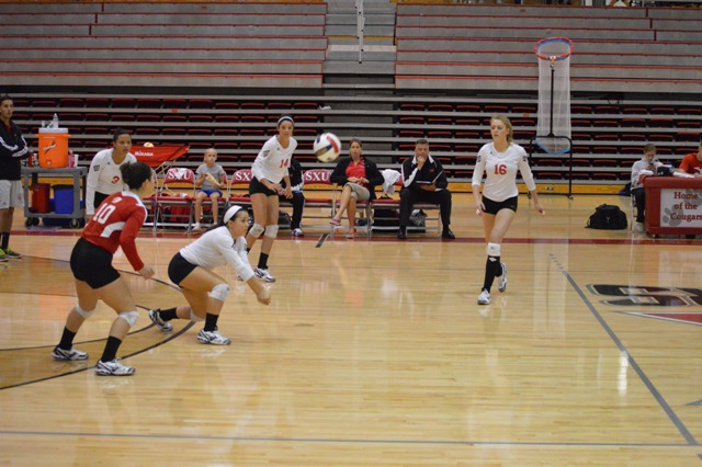1st SXU Women's Volleyball vs Roosevelt (Ill.) 10/1/13 Photo
