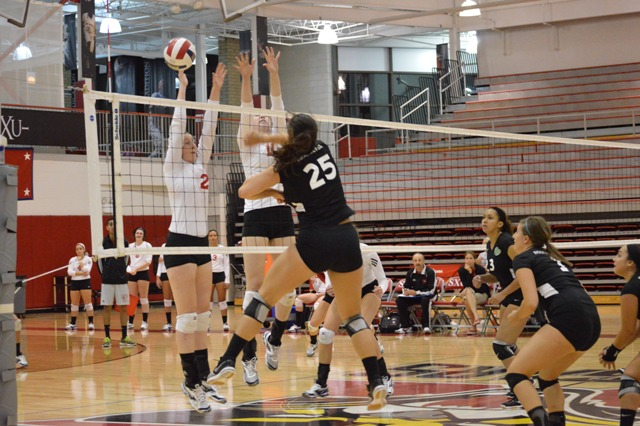 4th SXU Women's Volleyball vs Roosevelt (Ill.) 10/1/13 Photo