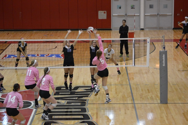 22nd SXU Women's Volleyball vs Trinity International (Ill.) 10/29/13 Photo