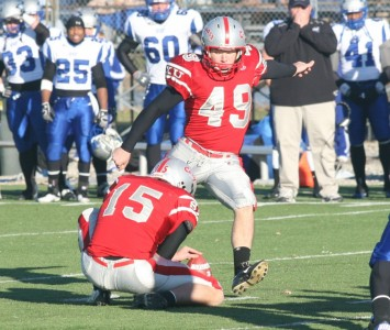 Senior Tom Lynch made five field goals, including a 50-yarder, to help push No. 1 SXU to victory
