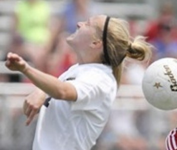 Lemont's Kelly Trojak will join the Cougar women's soccer roster this fall