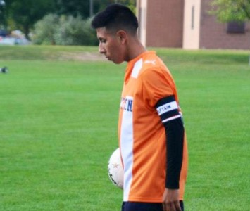 Xavier Corona joins the Saint Xavier men's soccer roster in the fall of 2013