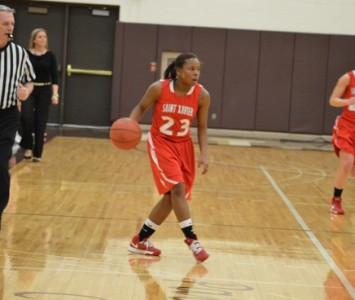 Junior guard Niara Harris hit 5-of-8 from the field for 10 points for Saint Xavier Wednesday against USF