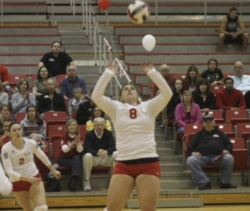 Senior Desiree Aramburu had 32 assists, 12 digs and two aces Thursday against IIT