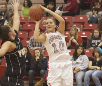 Sophomore guard Morgan Stuut led all scorers with 17 points Saturday afternoon