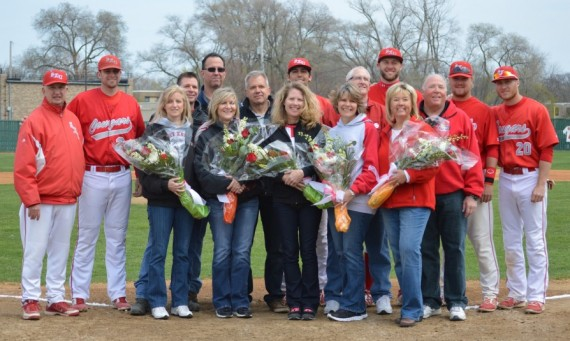 The five seniors on the 2014 SXU Baseball roster along with Coach Dooley and their parents