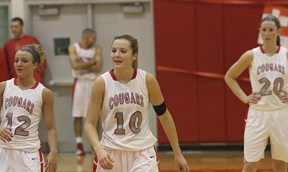 Morgan Stuut (#10) and Caitlin McMahon (#20) both had double-doubles for SXU Saturday against RMU