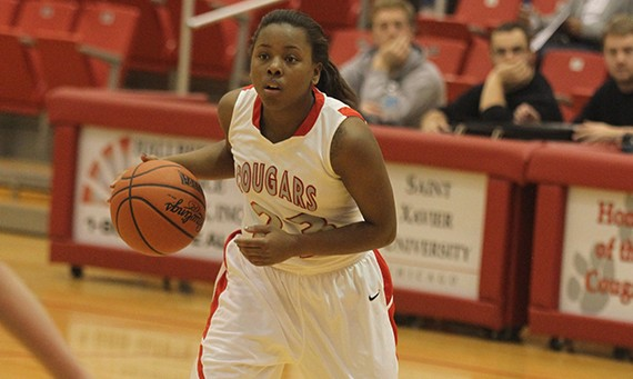 Senior Niara Harris led Saint Xavier with 18 points in Wednesday's loss to Stritch