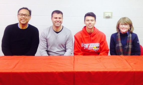 Michael Perez recently signed a letter of intent to join the SXU men's golf team