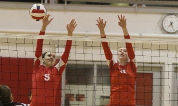 Sophomore Meghan Falsey (left) and junior Marie Hackert (right) had solid matches Saturday