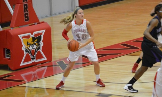 Junior Morgan Stuut scored 32 points and pulled down 10 rebounds Saturday against Ashford