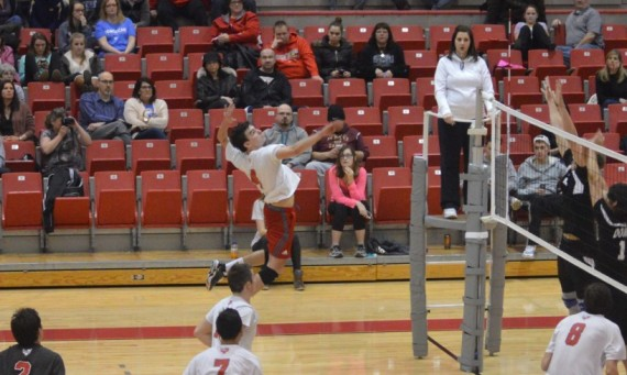 Sophomore Dan O'Keefe finished with eight kills to lead SXU against No. 9 Lourdes (Ohio)