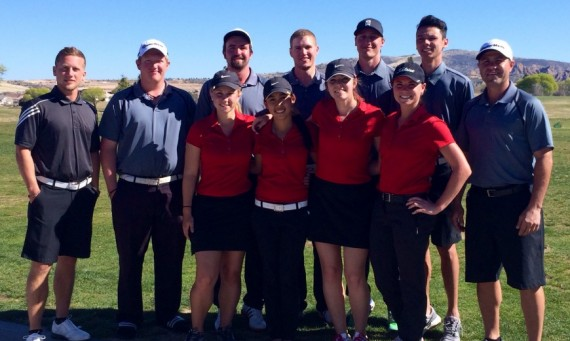 Both the Saint Xavier University men's and women's golf teams spent the Spring Break in Arizona
