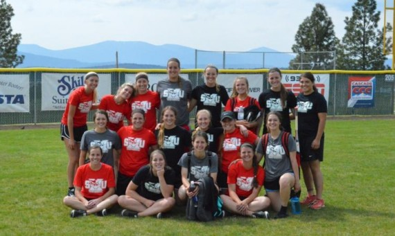 The SXU softball team takes a group shot at the Oregon Tech Softball Complex after its practice Sunday afternoon