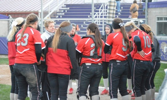 The Saint Xavier softball team takes the No. 1 seed into next week's Oregon Tech Bracket of the NAIA Opening Round
